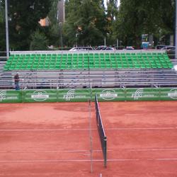 Tribuenen der FEIG-Gerueste-GmbH auf einem Tennisturnier