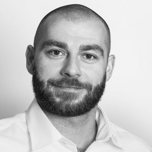 Marcin Iskra - Ein Mann der ein Projekt leitet und es auch erfolgreich zum Ziel fuehrt.